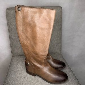 Arturo Chiang boots size 10.